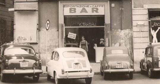 foto caffè storico Campo De' Fiori